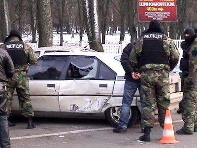 """Спецпідрозділ """"Кобра"""" затримав міліціонерів за хабар"""