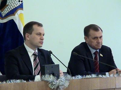 Депутати прийняли бюджет, після чого випили по чарці