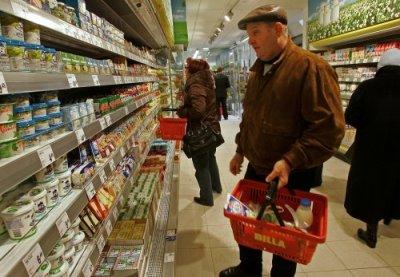 Ціни повільно повзуть угору - крім яєць, рису та олії