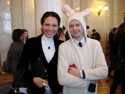 Журналіст прийшов у Раду у костюмі зайця! ВІДЕО