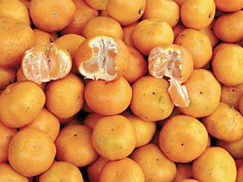 Мандарини купують охочіше за апельсини