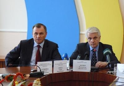 Невеселий Литвин таки прийшов на прес-конференцію