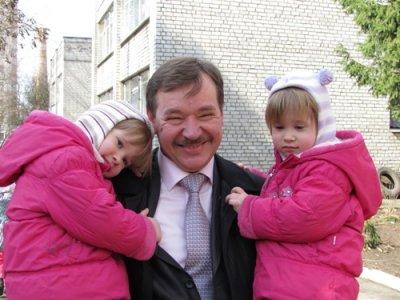 Депутат облради взяв шефство над дитячим садком
