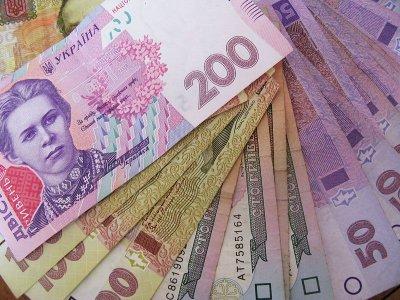 Спритний злодій викрав 10 000 грн. прямо з кабінету