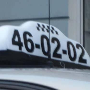 Таксисти Житомира провели загиблого колегу
