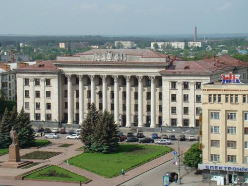 Исполком Житомира может переехать в здание бывшего Обкома партии