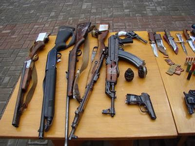 На Житомирщині розпочався місячник  добровільної здачі зброї
