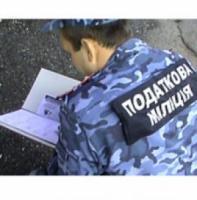 Податкові міліціонери «накрили» підпільне виробництво сиру