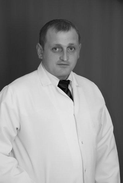 Головного лікаря Коростишівської лікарні повернули на роботу