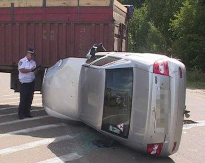 В Бердичеві сталася аварія. Лада врізалась в Камаз.
