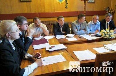 Депутати залишили Дебоя без коліс