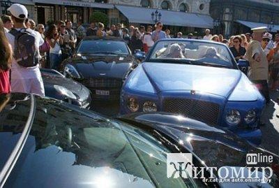 'Героїнею найдорожчої аварії року у Монако виявилася донька української шишки