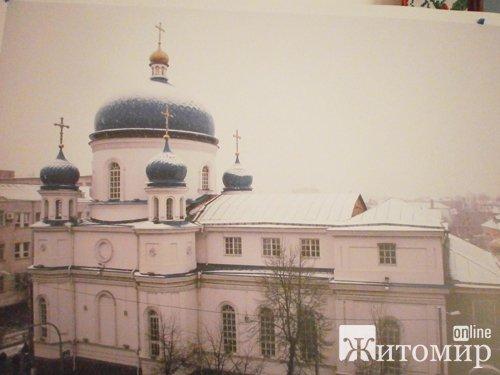 В Свято - Михайлівському соборі відновлять дзвіницю. ФОТО