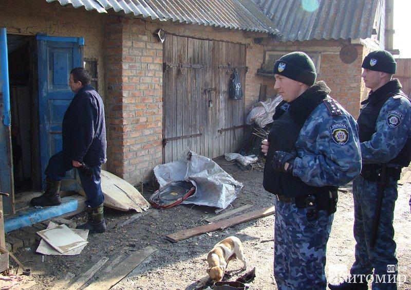 Самогон, наркотики, зброя - результати відпрацювання на Чуднівщині. ФОТО