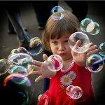 В міжнародний день захисту дітей пройде парад мильних бульбашок