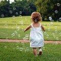 """""""Парад мильних бульбашок"""" подарував житомирянам свято. ФОТО"""