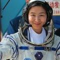 У космосі – перша жінка-космонавт Китаю