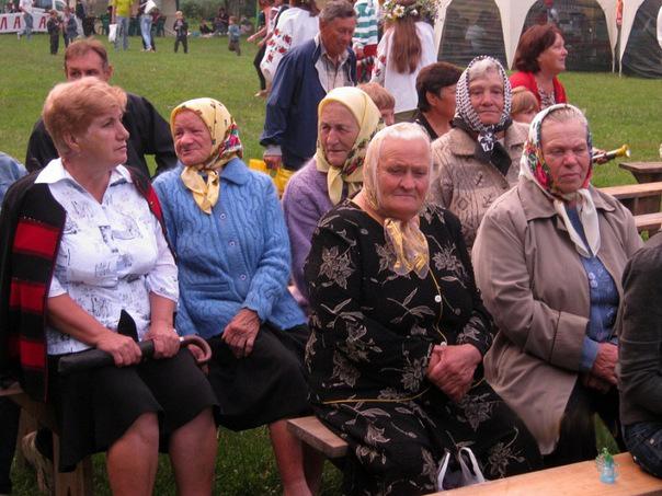 Іванківці зустрічають 25-е Міжнародне Свято
