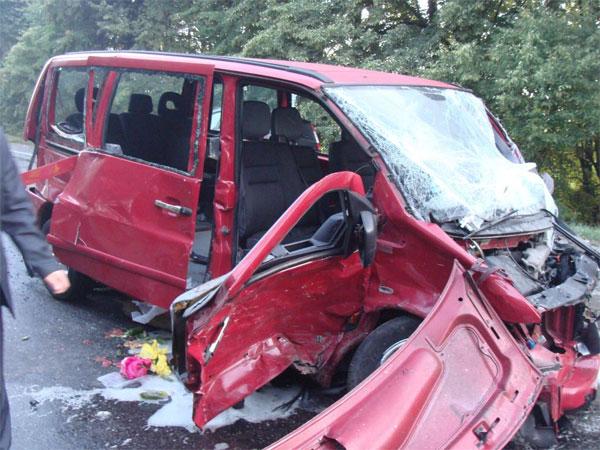 На Вінниччині у ДТП загинуло четверо людей, серед них двоє дітей. ФОТО