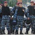 Десятки автобусів із захисниками мови вирушили до Києва. ДАІ вже полює на них