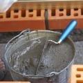В Чернигове мужчина погиб, упав в цистерну с жидким цементом