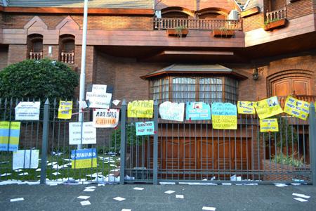 """Проти """"мовного"""" закону виступали навіть в Аргентині"""