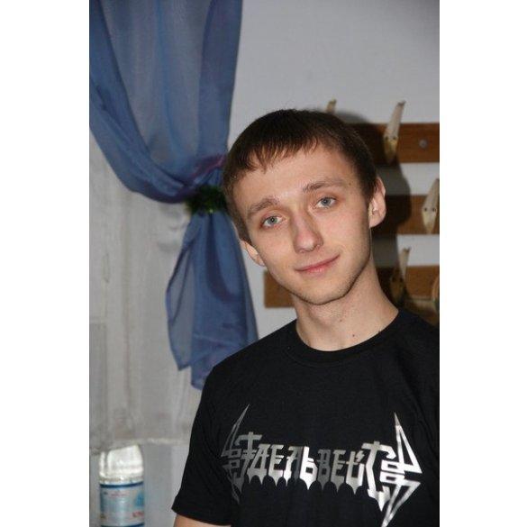 У Миколаєві міліціонер жорстоко побив студента, який заступився за дівчину