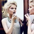 Російська модель кинула фекалії у жінку, яка не хотіла прибрати за песиком. Відео