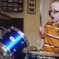 7-річний хлопчик підкорив інтернет віртуозною грою на барабанах. ВІДЕО