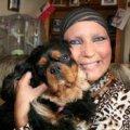 Собака винюхав рак грудей у своєї хазяйки і врятував її від смерті