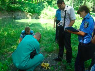 На Житомирщині молода жінка двічі позбавилася власної щойнонародженої дитини