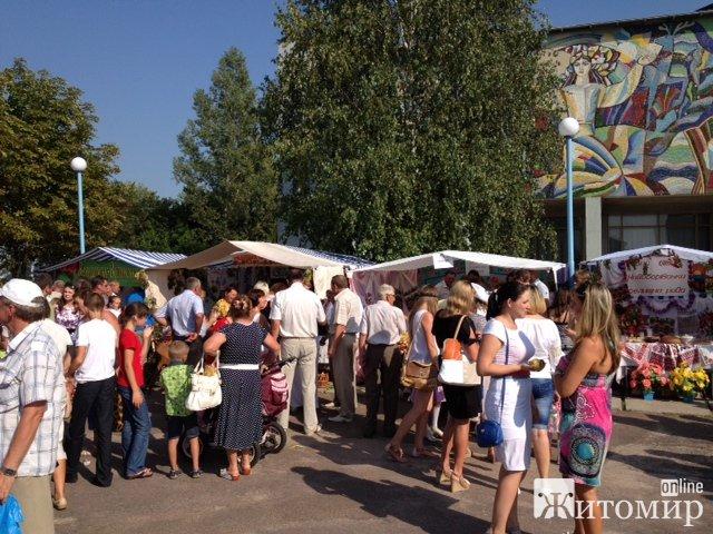 У Володарськ-Волинському пройшов фестиваль поліської юшки. ФОТО