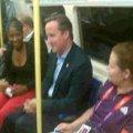 Прем'єр Британії їздить на Олімпійські ігри на метро. ВІДЕО