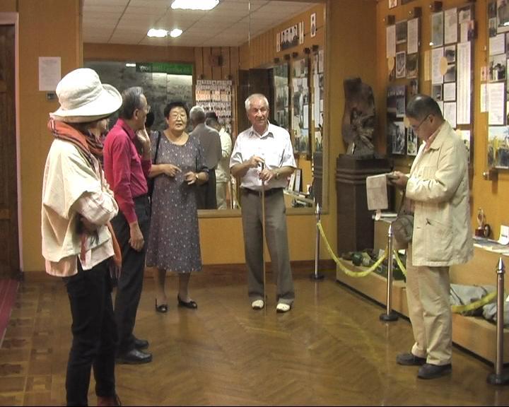 Делегація туристів з Японії відвідали виставку-музей цивільного захисту населення