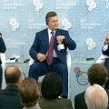 Янукович не відповів на питання, його двічі проігнорувала Райс