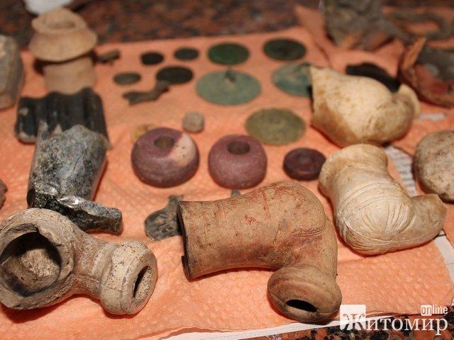 В Житомирі знайшли унікальні археологічні артефакти ХІІ – ХVІІ столітть. ФОТО