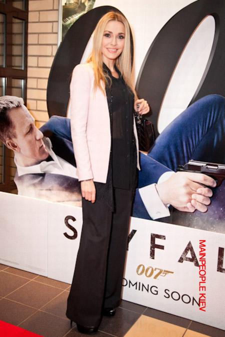 Журавський з виборів переключився на агента 007. ФОТО