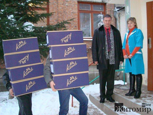 Олег Самчук виконав місію Святого Миколая у підшефних садочках Житомира. ФОТО