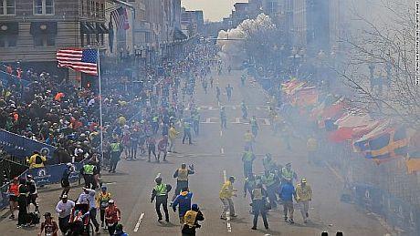 Через теракт у Бостоні 3 особи загинули та 141 поранена – ЗМІ. ВІДЕО