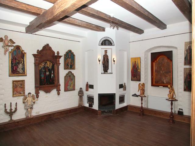 У «Замку Радомисль» представлять нову експозицію унікальних ікон Богородиці