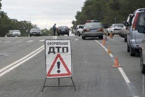 """Аж три машини """"швидкої допомоги"""" виїхали на місце ДТП у Житомирі"""