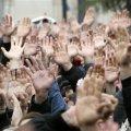 Житомиряне зарабатывают на митингах по 15 гривен в час