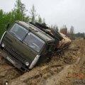 Винними за поганий стан доріг хочуть зробити водіїв