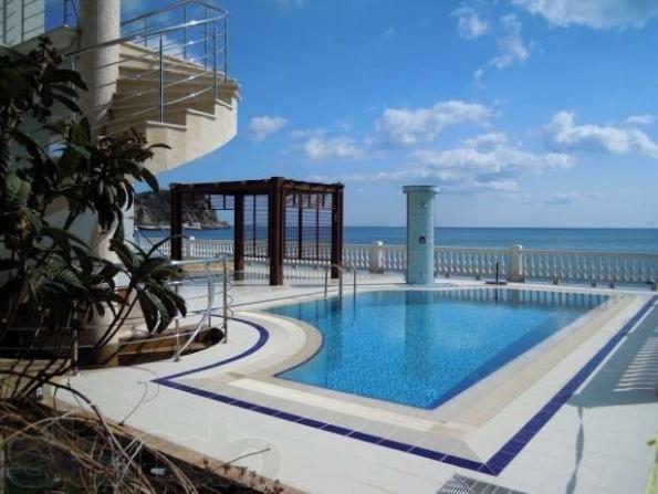 Топ-5 найдорожчих місць для відпочинку біля моря в Україні. ФОТО