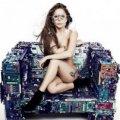 Леді Гага роздяглася та перефарбувалася для обкладинки нового альбому