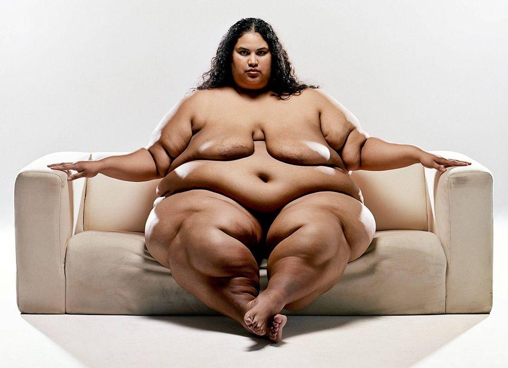 Толстая фотомодель голая фото