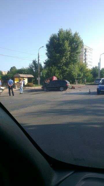 В Бердичеве женщина на «БМВ» выехала на встречную полосу движения и врезалась в грузовик! ФОТО