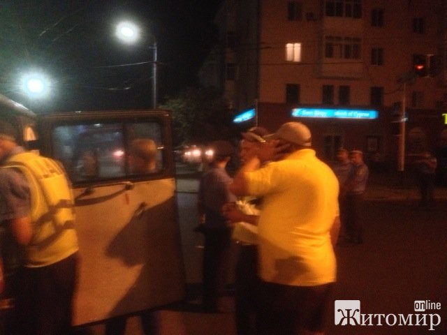 """ДТП у Житомирі біля гастроному """"Темп"""". ФОТО"""