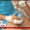 """На Донеччині """"швидка"""" відмовилася везти у лікарню закривавлену дитину"""
