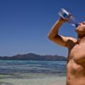 Питна вода з пластикових пляшок небезпечна для здоров'я - вчені